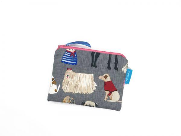 kleine Zipptasche mit Hunden
